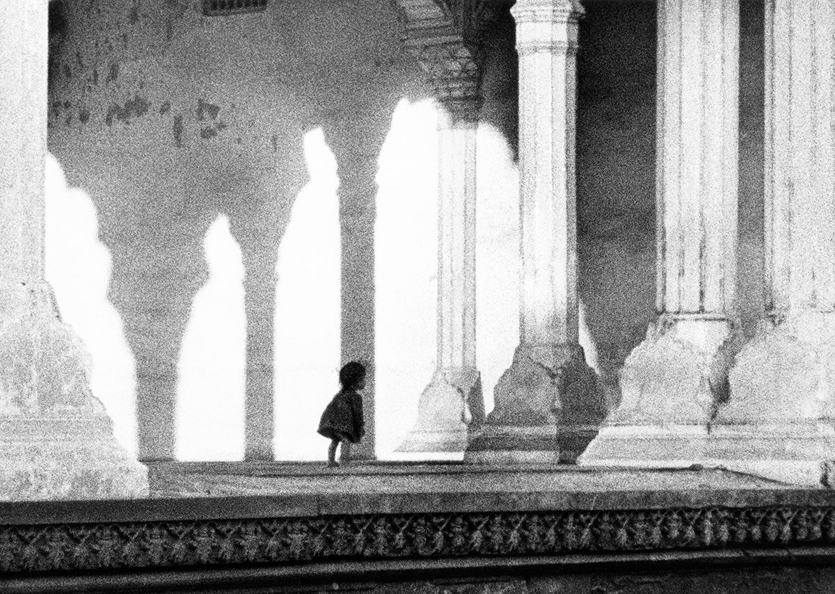 Flickan i templet